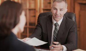 Что может адвокат по мошенничеству: помощь потерпевшему и подозреваемому